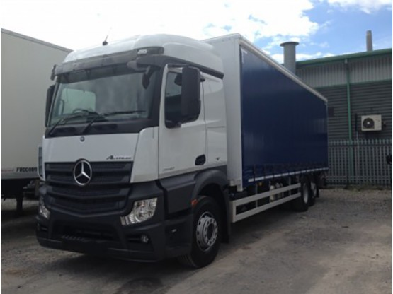 26 Tonne Curtainside Lorry HGV Hire