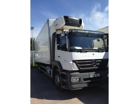 Mercedes Axor 2533 dual compartment fridge