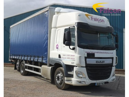 (1) (FXE) DAF 26T Curtainside CF330 FAR