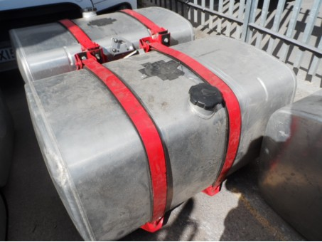 (3) Variety of HGV Diesel tanks available