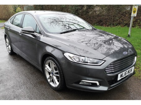 (1) 2016 plate Ford Mondeo 2.0 TDCI, silver, diesel, 45,000 miles