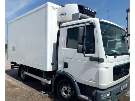 (4) MAN TGL7.150 7.5T Fridge in White, 305,000km